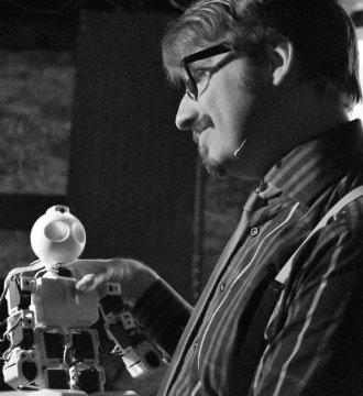 HumanMachine: Artificial Improvisation